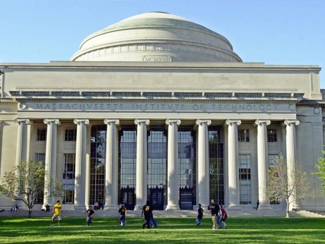 Sinh viên 15 trường đại học hàng đầu của nước Mỹ có mức lương bao nhiêu? - 1