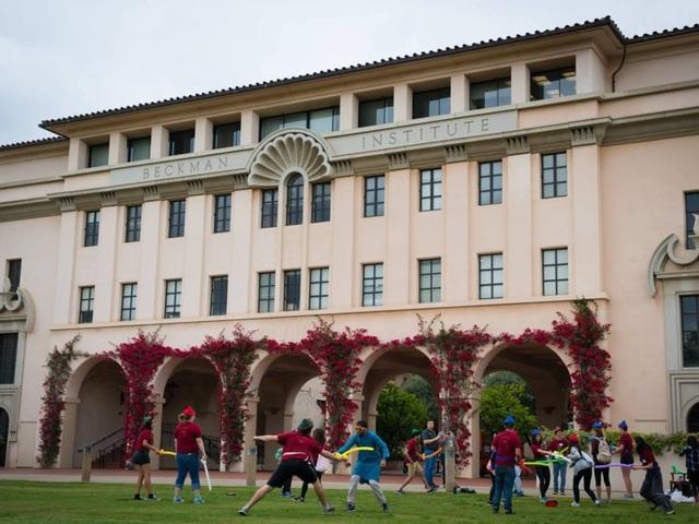 Sinh viên 15 trường đại học hàng đầu của nước Mỹ có mức lương bao nhiêu? - 15