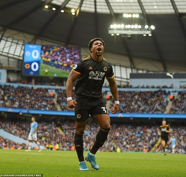 Man City 0-2 Wolves: Cú đúp của Traore - 1