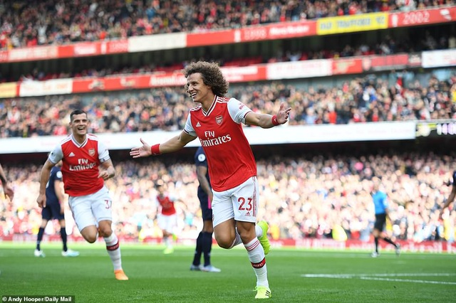Luiz lập công, Arsenal thắng nhẹ Bournemouth - 2