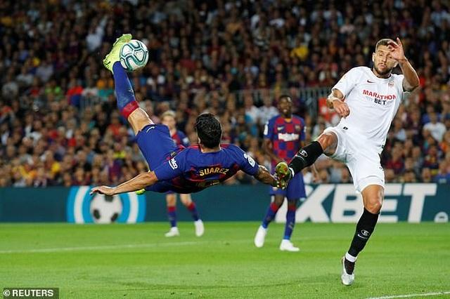 Messi và Luis Suarez rực sáng, Barcelona thắng đậm Sevilla - 2