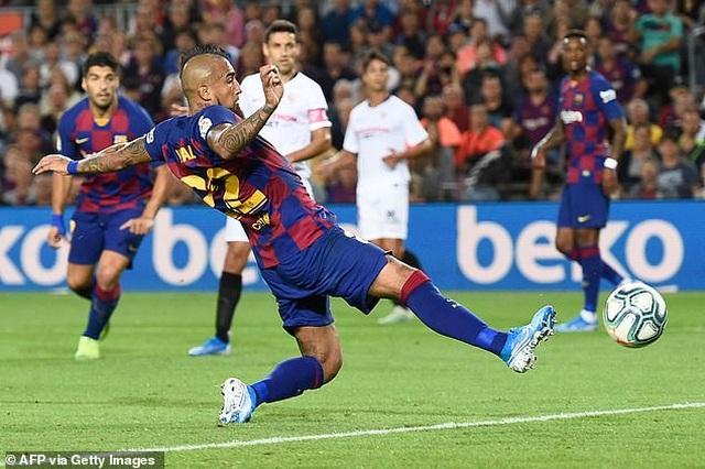 Messi và Luis Suarez rực sáng, Barcelona thắng đậm Sevilla - 4