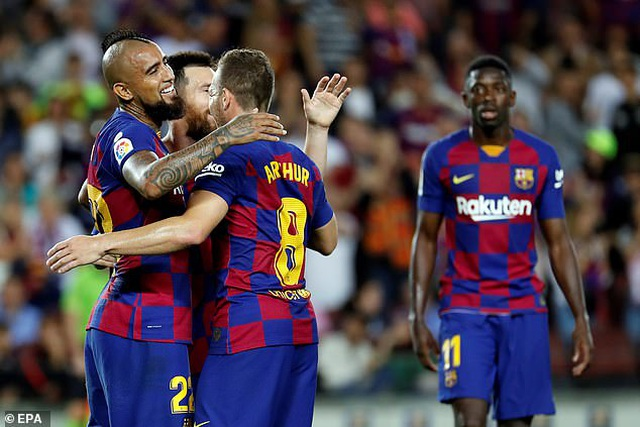 Messi và Luis Suarez rực sáng, Barcelona thắng đậm Sevilla - 3