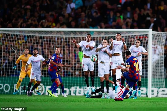 Messi và Luis Suarez rực sáng, Barcelona thắng đậm Sevilla - 11