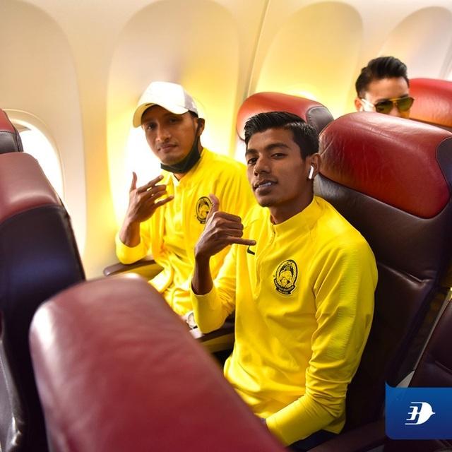 Đội tuyển Malaysia có mặt tại Hà Nội, từ chối trả lời phỏng vấn - 5