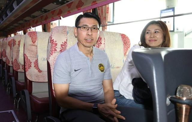 Đội tuyển Malaysia có mặt tại Hà Nội, từ chối trả lời phỏng vấn - 3