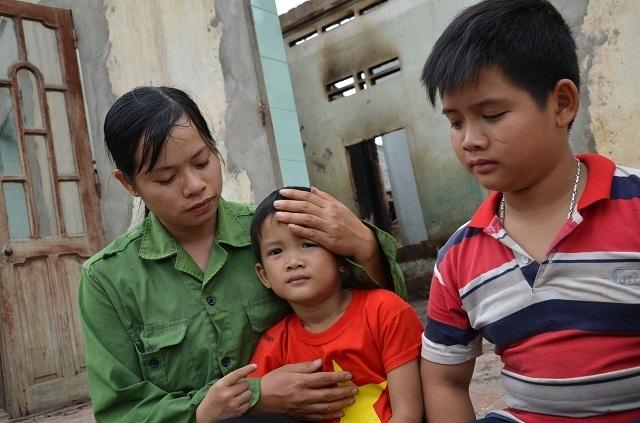 Gia đình chưa kịp thoát nghèo nhưng may mắn thoát chết trong vụ hoả hoạn - 8