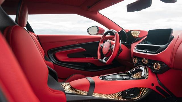Aston Martin DBS GT Zagato - Siêu xe cũng bán theo kiểu bia kèm lạc - 12