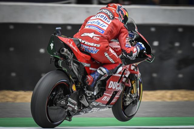 Chặng 15 MotoGP 2019: Marquez thắng ấn tượng trước Quartararo để vô địch thế giới - 11