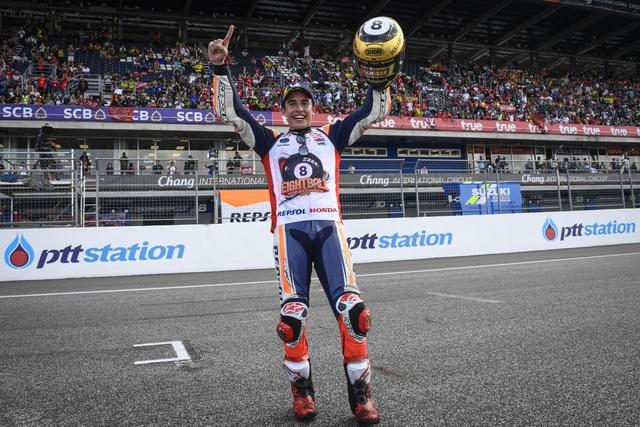 Chặng 15 MotoGP 2019: Marquez thắng ấn tượng trước Quartararo để vô địch thế giới - 6