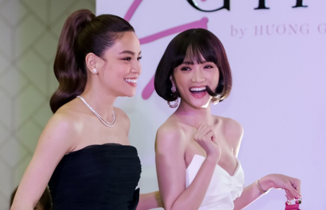 Đứng cạnh Kim Lý, Hồ Ngọc Hà tình cảm ôm eo hoa hậu Hương Giang - 9