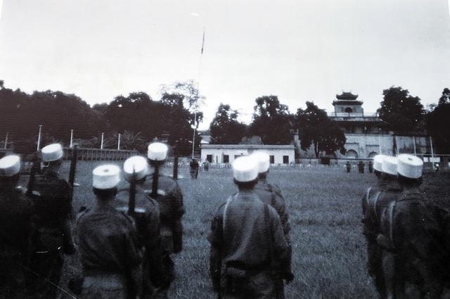 Lễ  chào cờ đặc biệt trong ngày giải phóng Thủ đô - 8