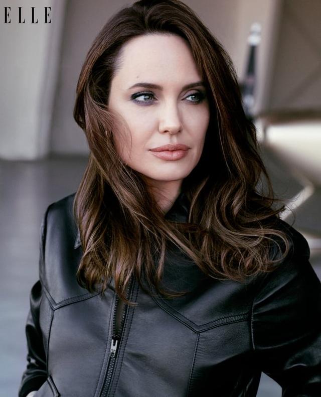 Angelina Jolie mở lòng sau 3 năm chia tay Brad Pitt - 2