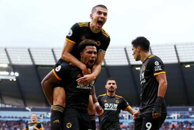 Những khoảnh khắc gục ngã của Man City trước Wolves tại Etihad - 13