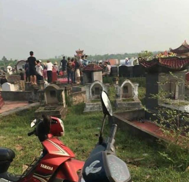 Phát hiện thi thể người phụ nữ tại nghĩa địa, nghi bị sát hại - 1