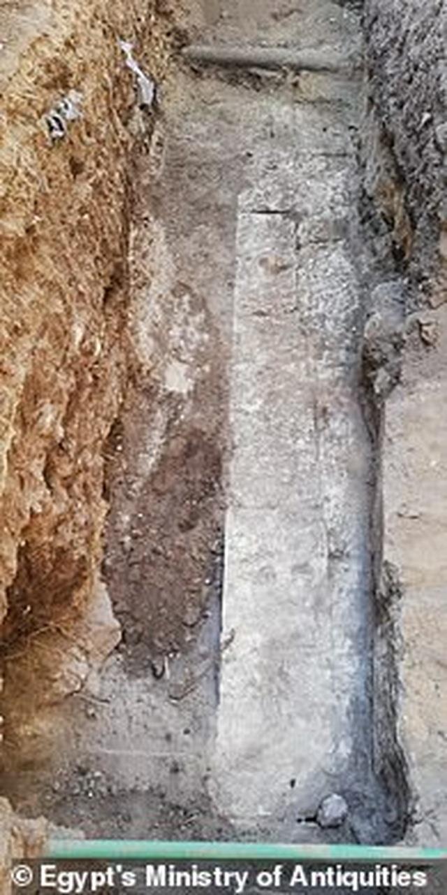 Ngôi đền Ai Cập hơn 2.200 năm tuổi được khai quật trên bờ sông Nile - 3