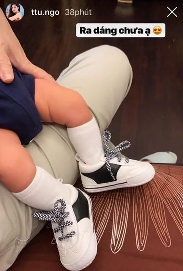 Á hậu Thanh Tú diện áo tắm khoe vóc dáng nuột nà sau khi sinh con - 5