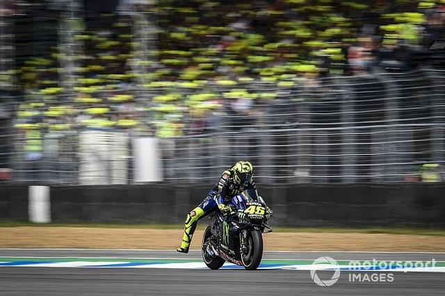 Chặng 15 MotoGP 2019: Marquez thắng ấn tượng trước Quartararo để vô địch thế giới - 12