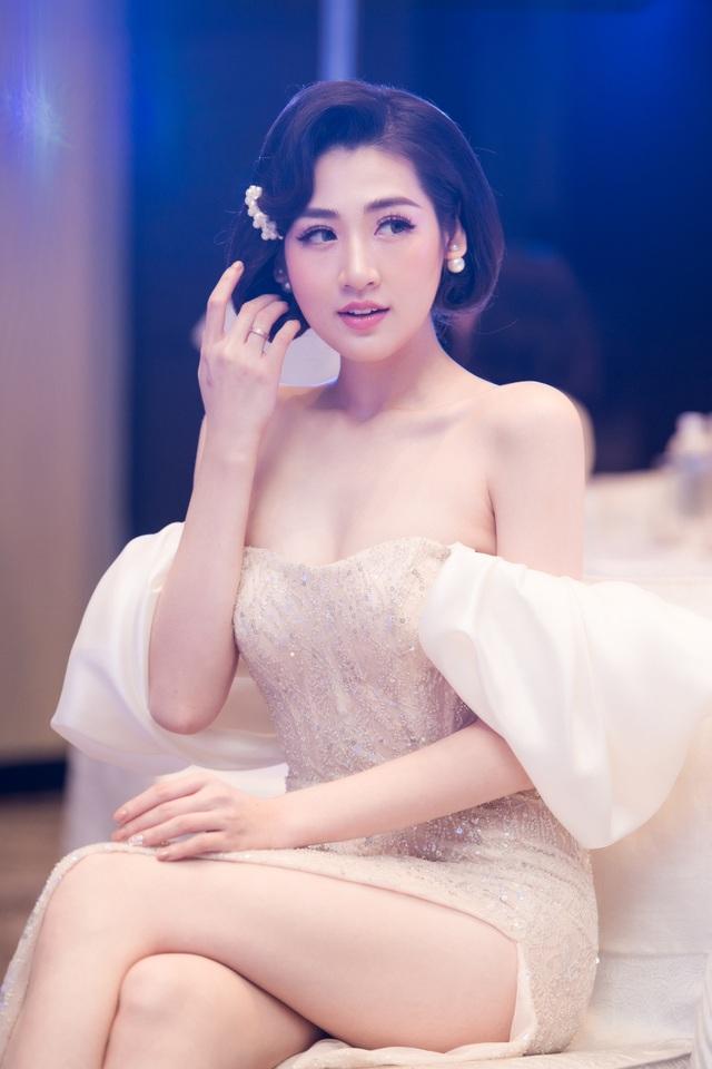 """Bảo Thanh: """"Á hậu Tú Anh là cô gái tưng tửng..."""" - 5"""