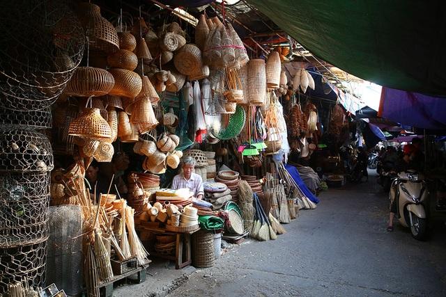 Điều đặc biệt của chợ ký ức độc nhất vô nhị tại Hà Nội - 1