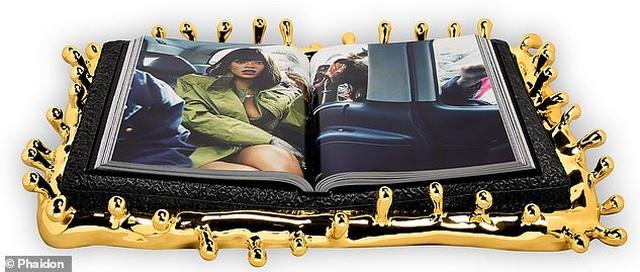 """Sách ảnh 2,5 tỷ đồng của Rihanna bán hết trong """"một nốt nhạc"""" - 5"""