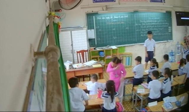 Vụ cô giáo đánh, kéo tai học trò: Cần nhìn nhận đa chiều - 2