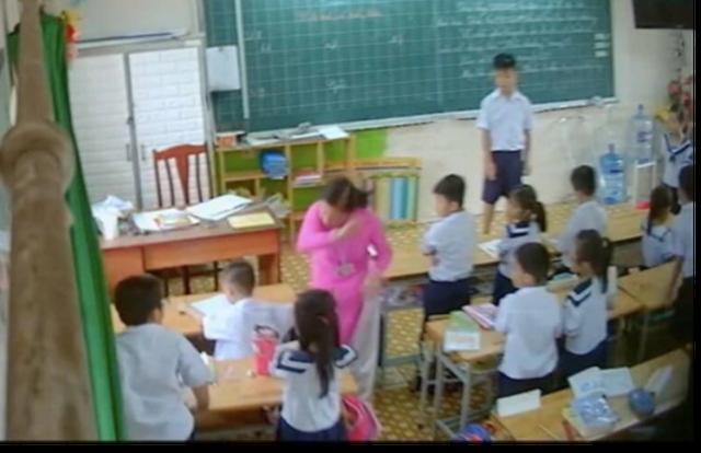 """Vụ cô giáo bị lén đặt camera: Vì sao giáo viên vẫn áp dụng """"kỷ luật roi vọt""""? - 2"""