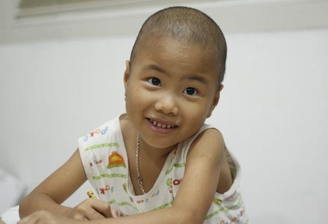 Động lực chữa bệnh đặc biệt của cô bé ung thư máu 6 tuổi - 2