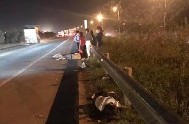 Chạy ngang qua cao tốc, 2 nữ công nhân bị ô tô tông tử vong, 1 người bị thương - 1