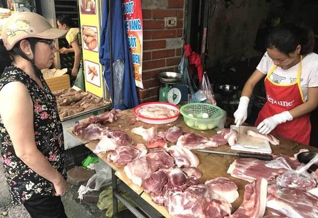 Lùng mua, vét cạn trong dân, thịt lợn tăng giá chưa từng có - 2