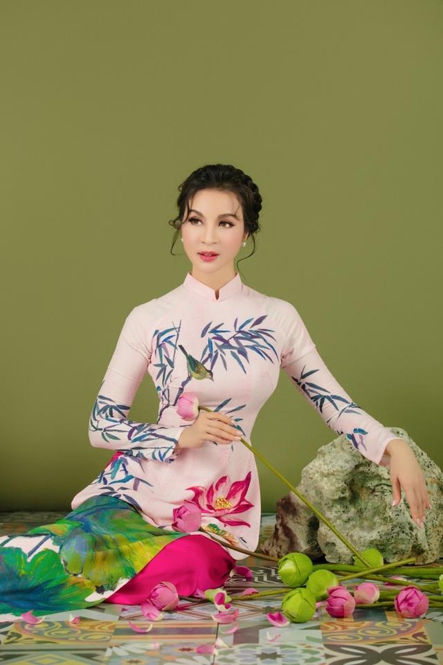 MC Thanh Mai nhớ thuở nghèo khổ mở hàng nước kiếm từng đồng phụ gia đình - 10