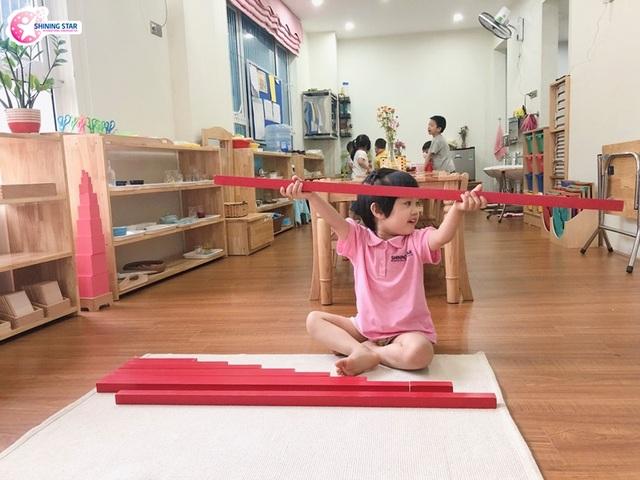 Shining Star phân phối độc quyền giáo cụNienhuis Montessori tại Việt Nam - 2