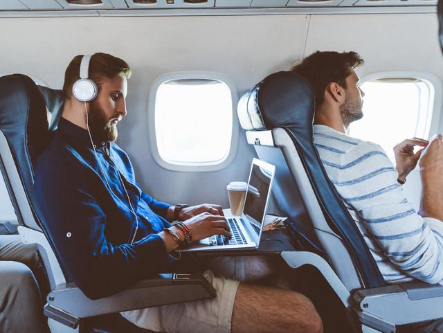 Vietnam Airlines bắt đầu cung cấp Wi-Fi phục vụ hành khách trên chuyến bay - 2