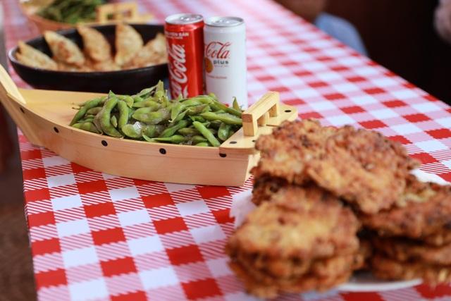 Lễ hội Ẩm thực Coca-Cola thu hút giới trẻ tại Vinh - 7