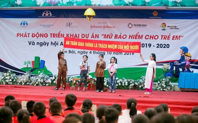 Học sinh 20trường tại 3 tỉnh tham gia ngày hội An toàn giao thông - 1