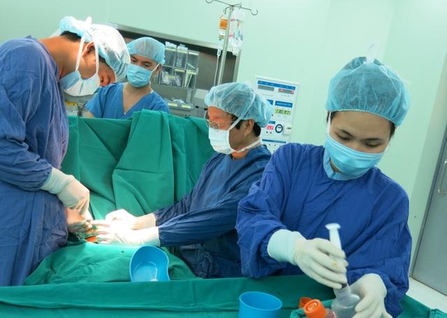 GS.TS Nguyễn Thanh Liêm và bốn thập kỷ phẫu thuật nhi với những dấu ấn không thể quên - 5