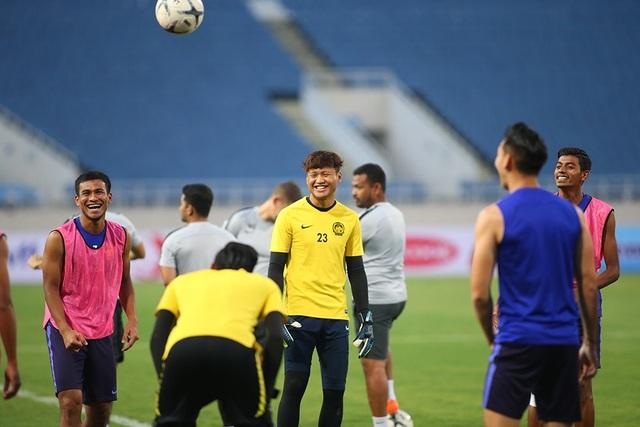 Gạt nỗi buồn Mỹ Đình, đội tuyển Malaysia chờ quyết đấu Việt Nam - 13