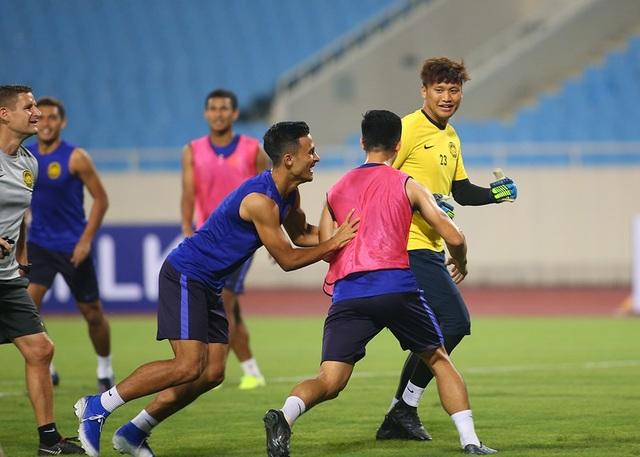 Gạt nỗi buồn Mỹ Đình, đội tuyển Malaysia chờ quyết đấu Việt Nam - 14