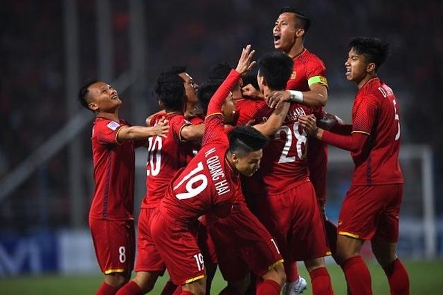 Đội tuyển Việt Nam sử dụng đội hình trẻ nhất bảng G đối đầu Malaysia - 1