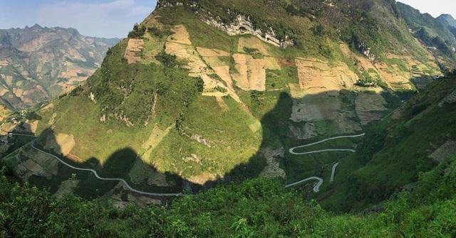 Chuyện chưa kể về Mã Pí Lèng - cung đèo huyền thoại, nổi tiếng bậc nhất Việt Nam - 2
