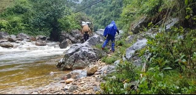 9x Sài Gòn kể chuyện thót tim khi leo Fansipan trong mưa lũ xối xả - 4
