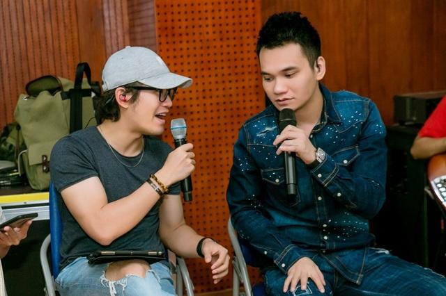 Hồ Hoài Anh xuất hiện mệt mỏi sau ồn ào ly hôn Lưu Hương Giang - 6
