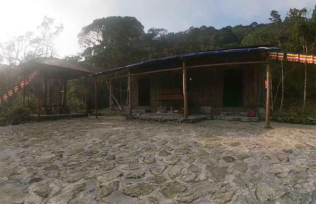 Sư thầy nghi gạ tìnhchưa tháo dỡ công trình trái phép ở Vườn quốc gia Tam Đảo - 2