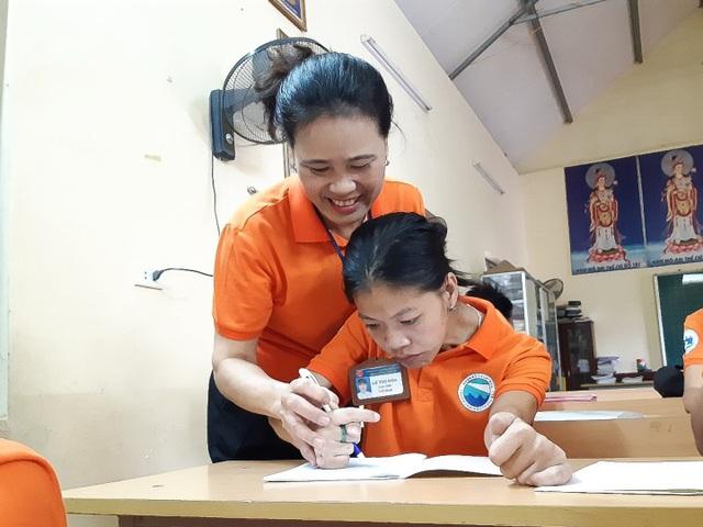 Cô giáo Hòa và lớp học đặc biệt giữa lòng Hà Nội - 3