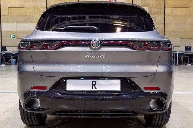 Lộ diện tân binh Alfa Romeo Tonale - Nhân tố mới trên thị trường SUV cỡ nhỏ - 4