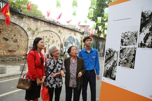 Cùng các nhân chứng sống lại khoảnh khắc lịch sử của Hà Nội ngày giải phóng - 3