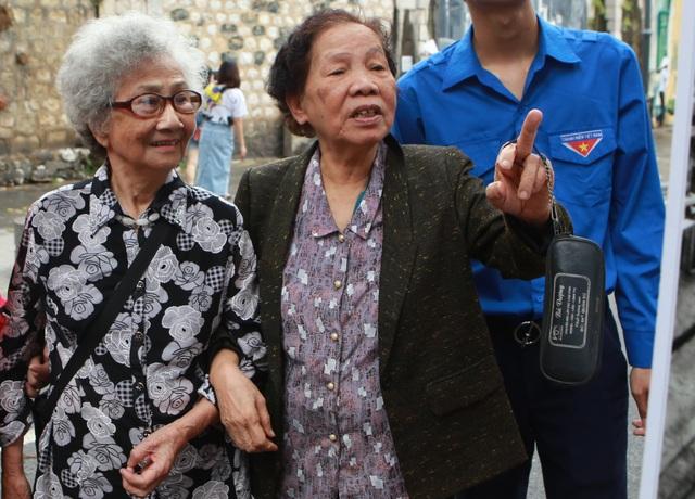 Cùng các nhân chứng sống lại khoảnh khắc lịch sử của Hà Nội ngày giải phóng - 4