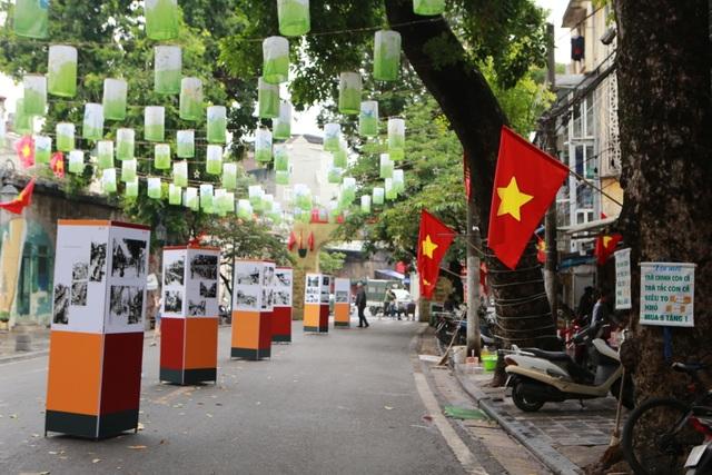 Cùng các nhân chứng sống lại khoảnh khắc lịch sử của Hà Nội ngày giải phóng - 2