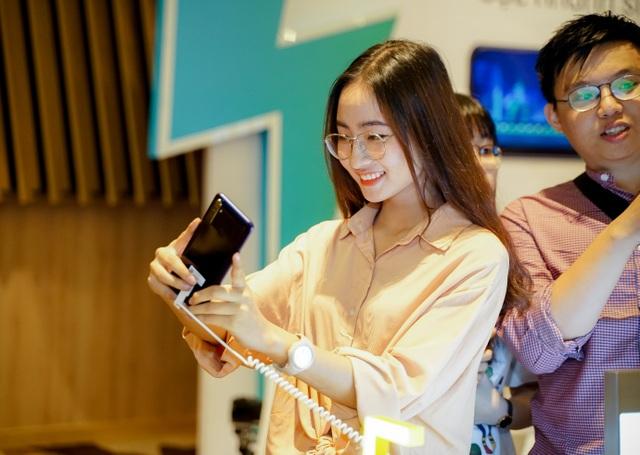 Lý giải tại sao người dùng  fan yêu thích điện thoại Realme - 8