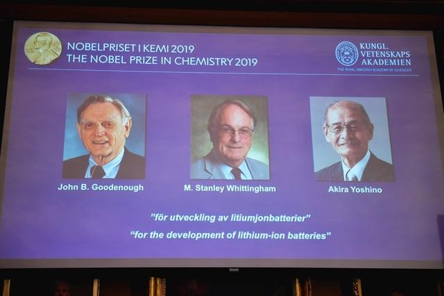 Nobel Hóa học 2019 gọi tên 3 nhà khoa học